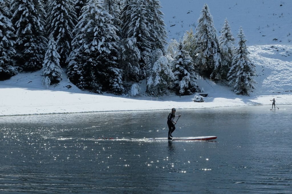 stand-up-paddling-in-cold-weather