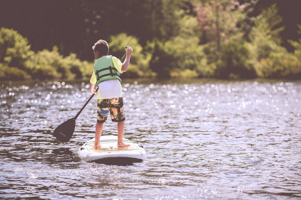 The 4 Best Stand Up Paddle PFD Devices To Stay Safe On The Water 4