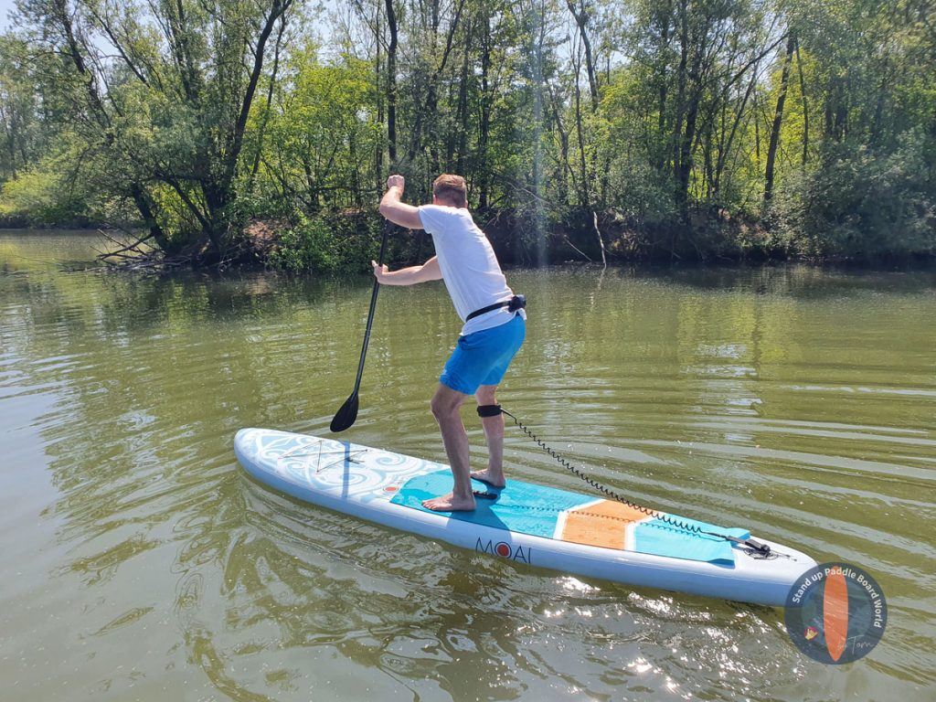 Tom-How-To-Paddle-Board-Sweep-Stroke Arten SUP-Boards