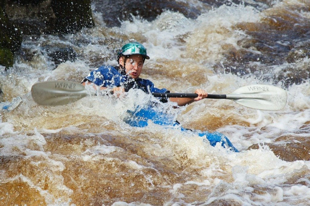 kayak-wild-water