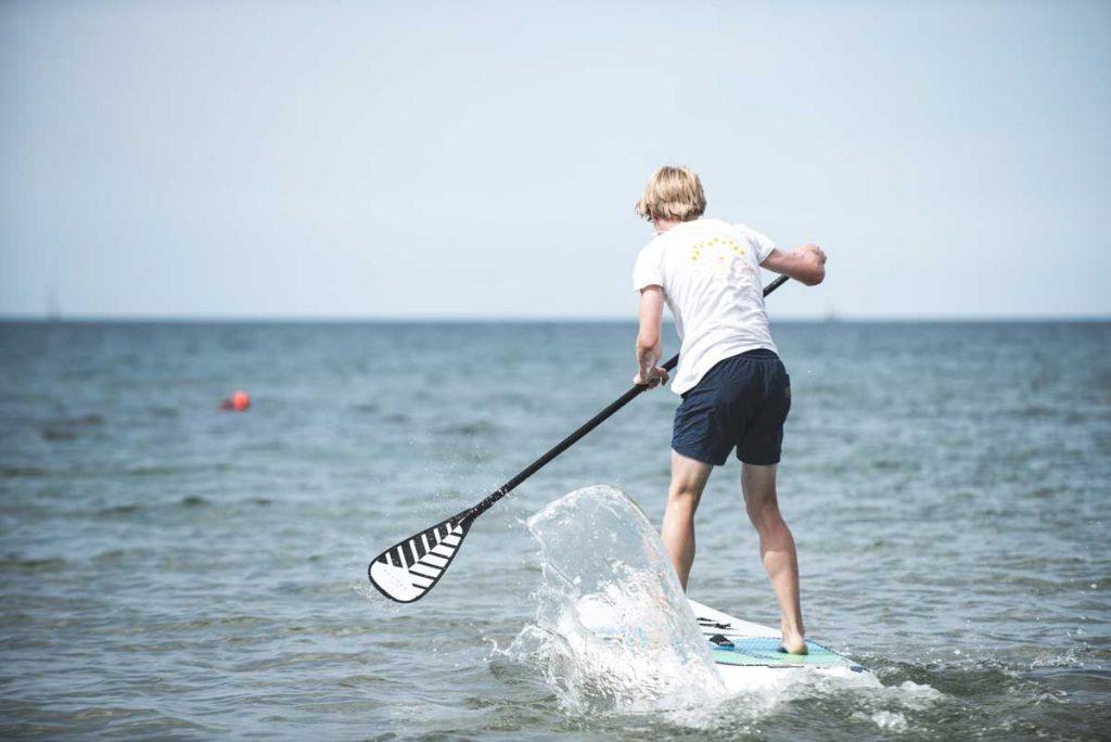 SUP-Surfing-Ocean