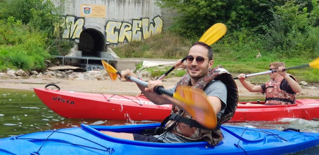 kayaking-action-dirty