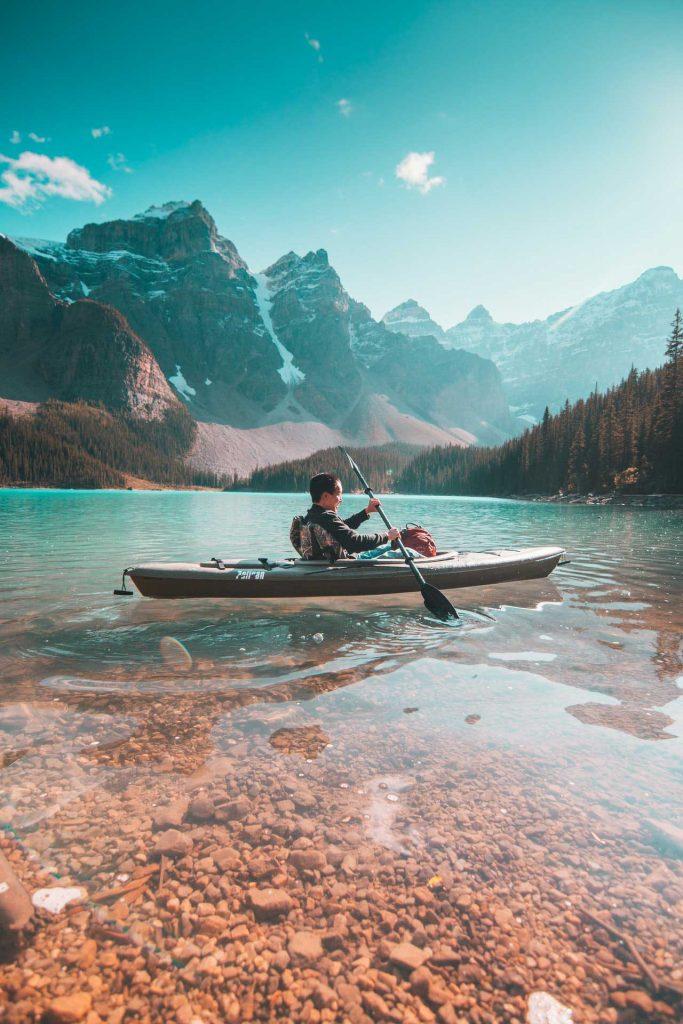 Kayak-Nature-Clear