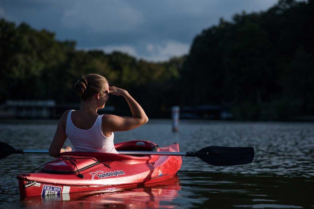 Kayak-Water-Sunny