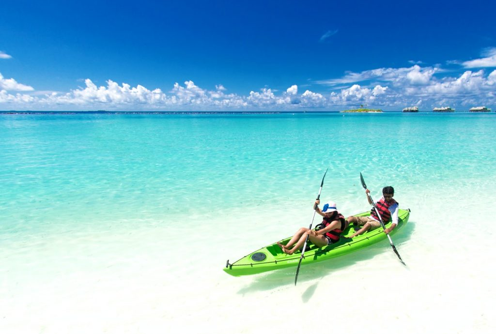 kayak-beautiful-ocean