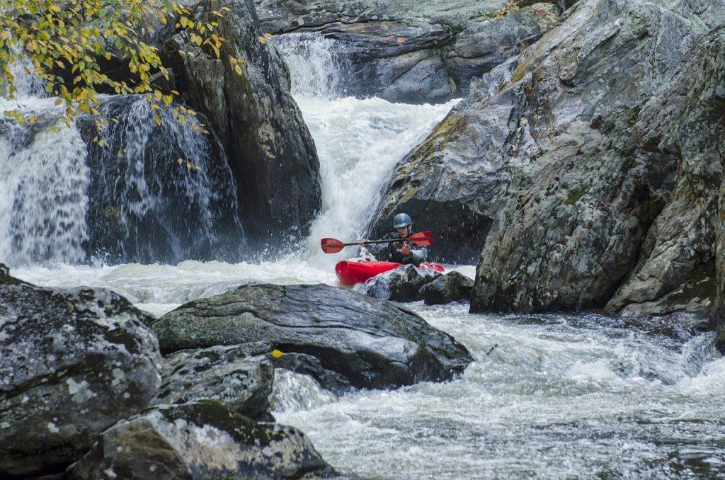whitewater-kayaking