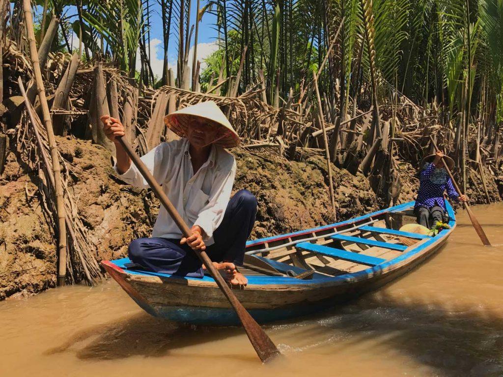 Canoe-Paddling-Bamboo