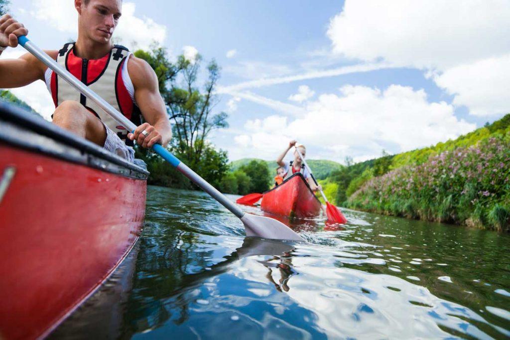 Canoe-Paddling-Family