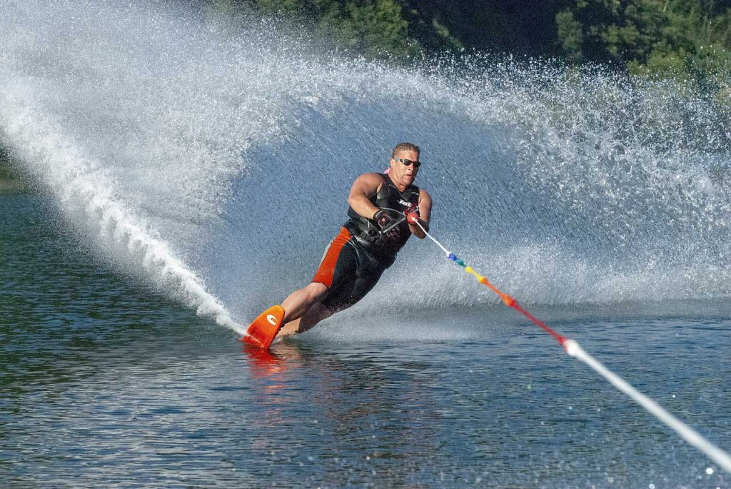 Waterskiën-man
