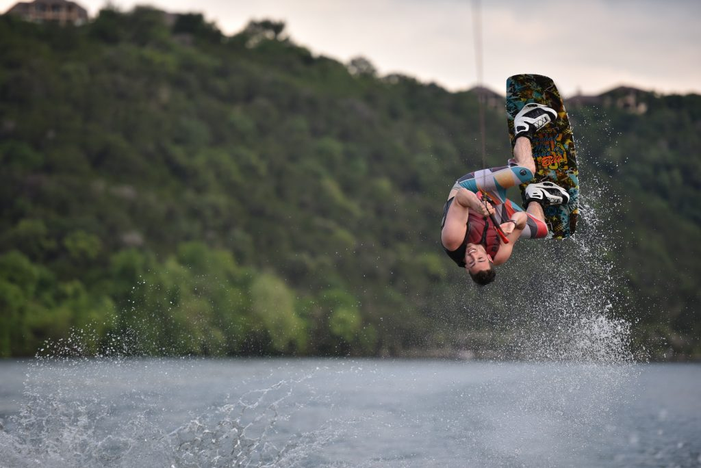 Wakeboarding Near Me: A Guide on Picking the Best Places to Wakeboard 2