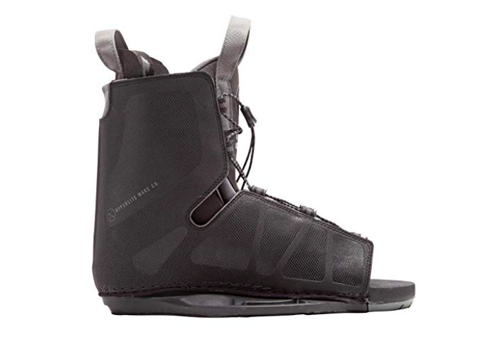5 Wakeboarding Boots for Better Wakeboarding Eperience 14