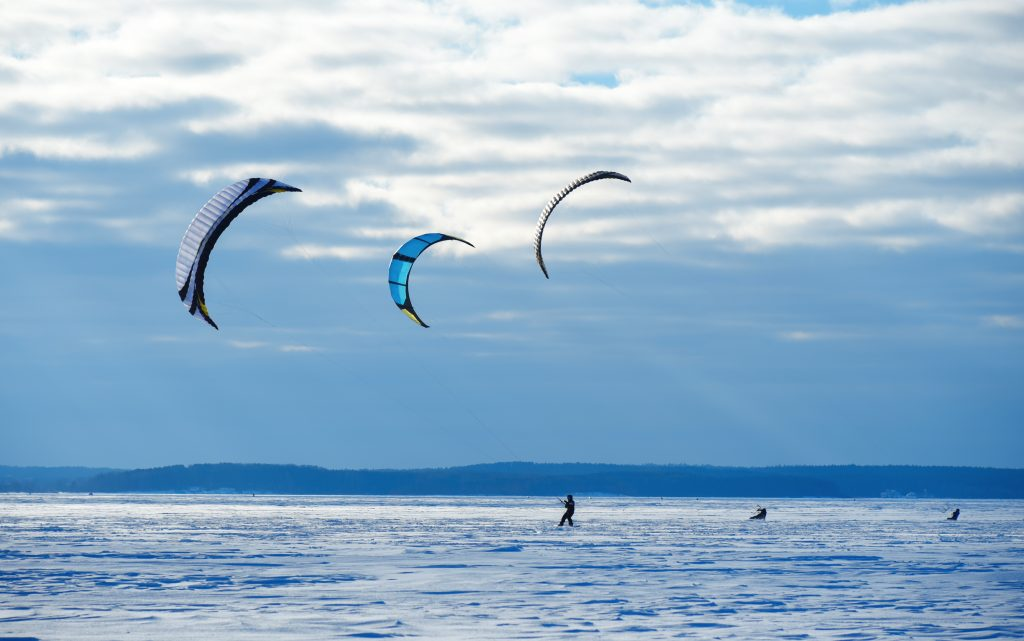 Equipo de kitesurf - Frozen lake
